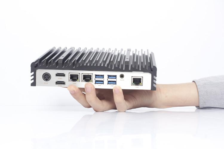 嵌入式计算机IPC-806A小巧的外形